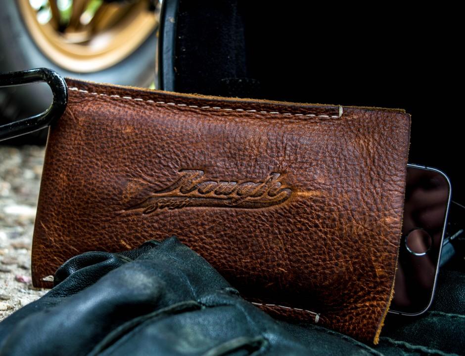roughstuff.nl leatherworks phone case